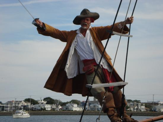 Dark Star Pirate Cruises: The captian of the ship!