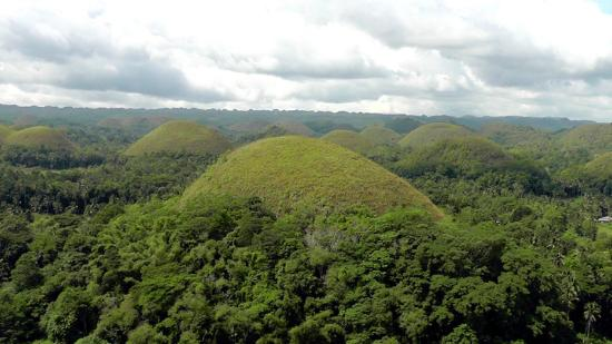 Anda, Filipiny: chocolate hills