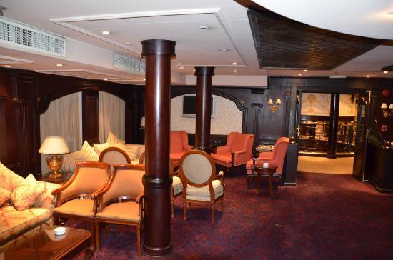 Amarante Osiris: Lounge