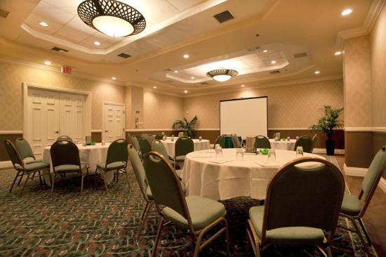 Emby Suites By Hilton Deerfield Beach Resort Spa