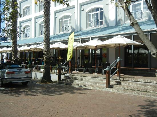 Il Paninaro: Front entrance of resto at Waterfront