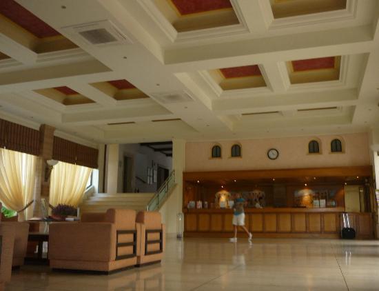 King Minos Palace Hotel : reception
