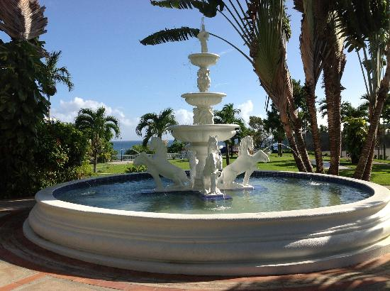 Beaches Ocho Rios Resort & Golf Club: Fountain Beaches Boscobel