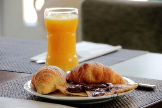 Premium Business Hotel Bratislava: Breakfast