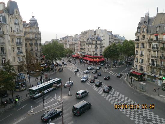 Raspail Montparnasse Hotel: View from the room