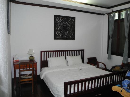 Sita-Norasingh Inn: Habitación