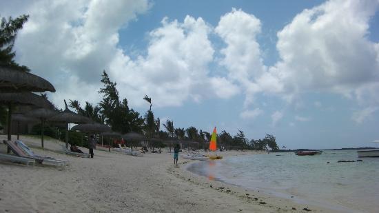 لونج بيتش جولف آند سبا ريزورت: Beach 