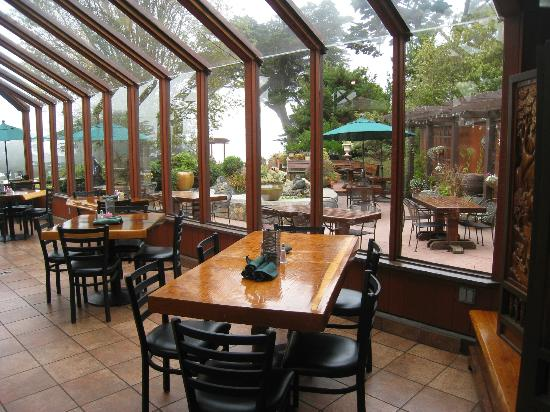 Ragged Point Inn and Resort: Greenhouse dining