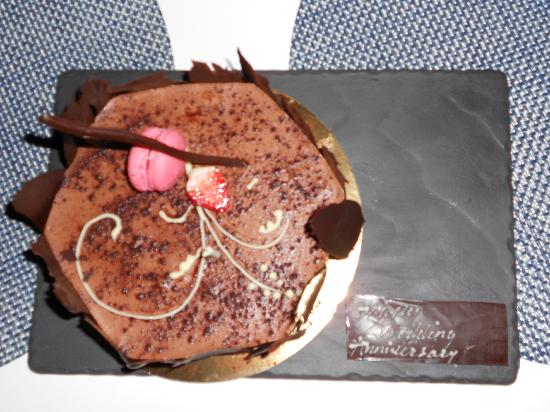 Long Beach Golf & Spa Resort: Our Anniversary cake