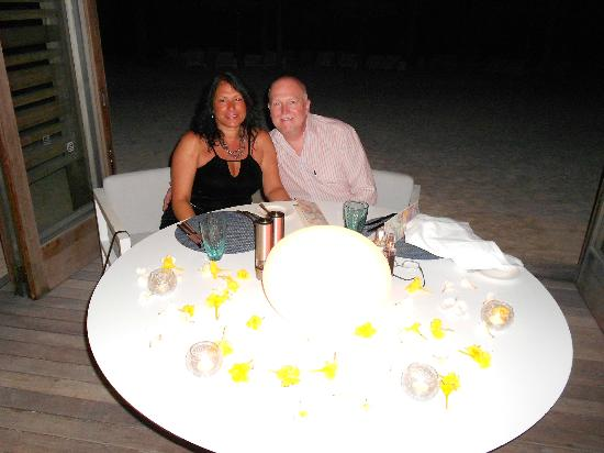 Long Beach Golf & Spa Resort: Our anniversary table