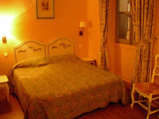 Hotel des Quatre Dauphins: camera tripla