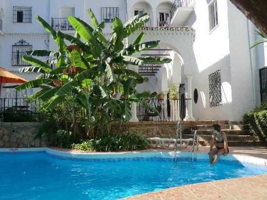 Residencia Miami Hotel: piscina