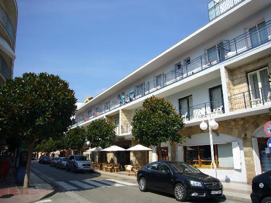 Mar Blau Tossa Hotel : fachada