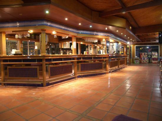 Hotel Ocean Ponderosa: bar