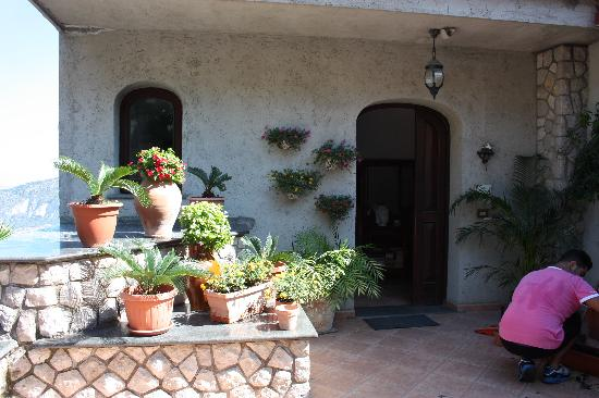 Villa Monica B&B: lovely home