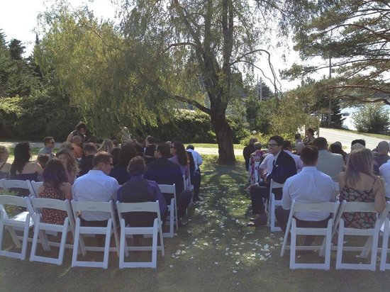 Anchorage House & Cottages: Beautiful September wedding
