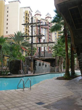 Wyndham Bonnet Creek Resort: Recreación de Barco Pirata