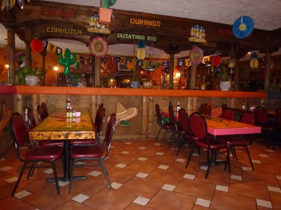 La Quetzalteca Restaurant : Interior of La Quetzalteca
