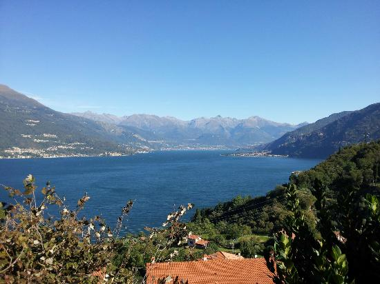 B&B Ca' Noeva: Lake Como from bedroom