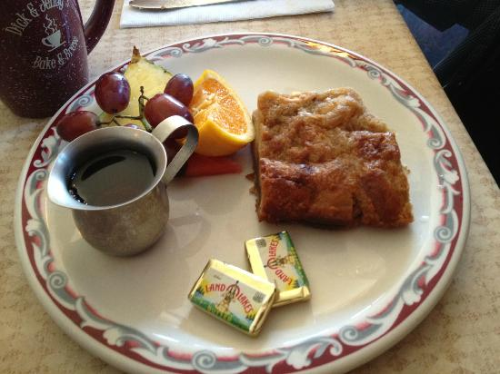 Dick and Jenny's: baked french toast