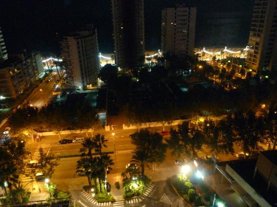Hotel Don Pancho: Night time view from our room