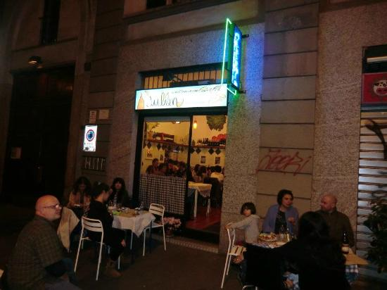 Julian Bistr Pizzeria E Cucina Mediterranea Mailand