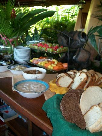 Villa Mango: Scruptious breakfast