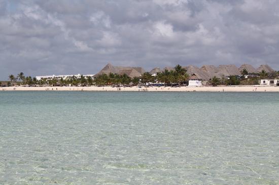 Clubviaggi Resort Twiga Beach & SPA: VISTA DALLA LINGUA DI SABBIA
