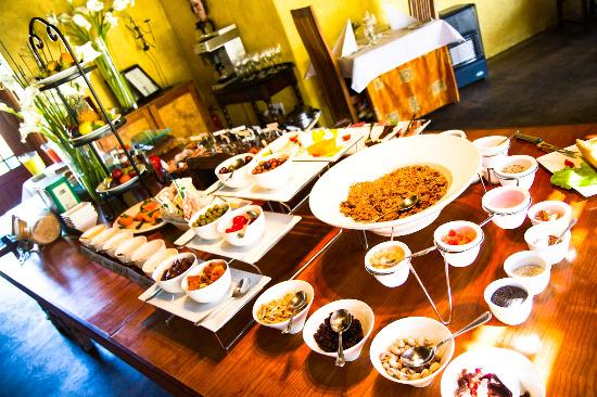 Woodall Country House and Spa: Breakfast Buffet