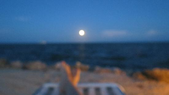 Chesapeake Beach Resort: the rising moon