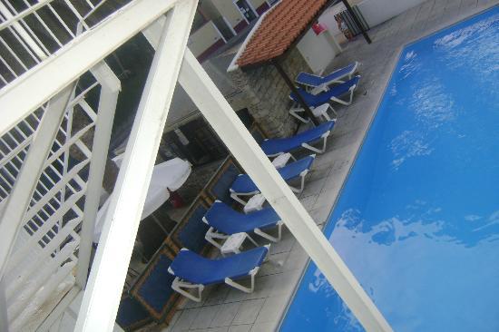 Hotel Praia Dourada: Bar