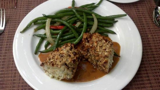 Jacksonville Inn Dining House: Stuffed hazelnut Chicken ~ My Favorite ~ 