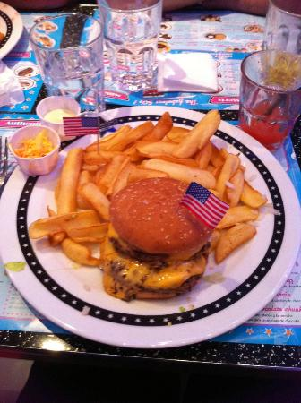 Memphis Coffee Montpellier: cheese burger