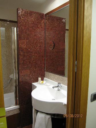 Hilton Garden Inn Rome Claridge: Vanity