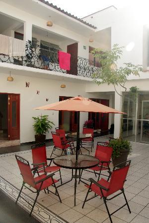 Cielo Rojo Hostel, Oaxaca: Innenhof