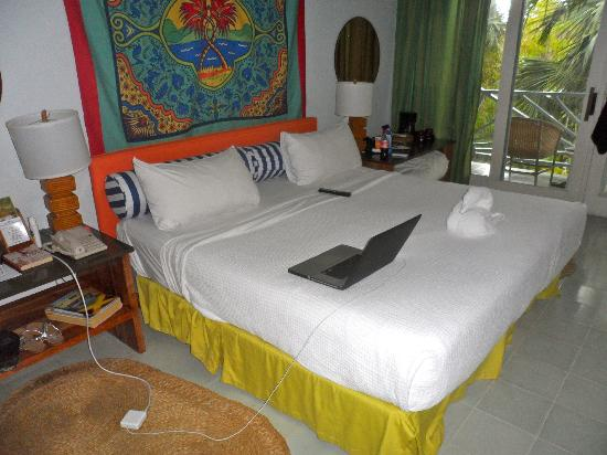 Couples Negril: Room