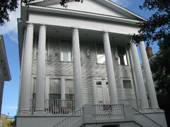 The Confederate House: Front of the Confiderate House