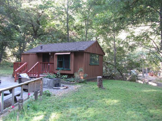 Ripplewood Resort: Cabin 9