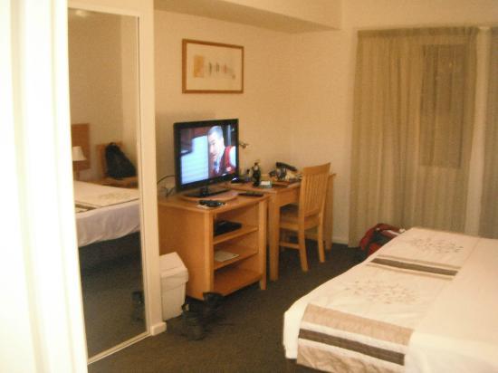 Quality Advance Apartments : room