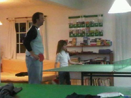 Hostel Ladera Norte: Ping Pong !