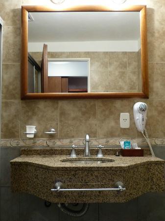 Hotel y Duplex Rincon del Valle: Baño