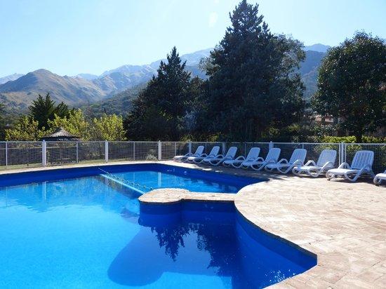 Hotel y Duplex Rincon del Valle: Pileta