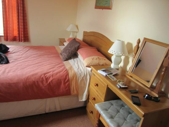 Ashfield Bed & Breakfast: bedroom