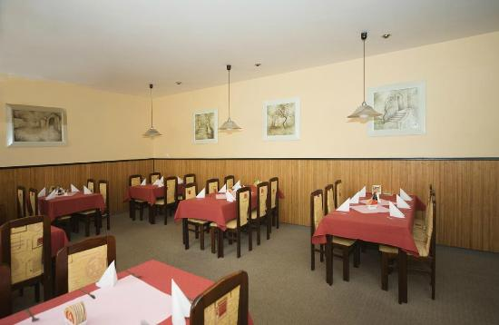 Dyje : Restaurant
