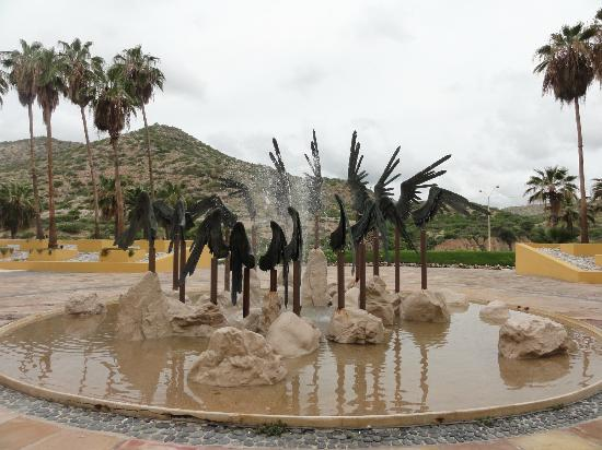 Marquis Los Cabos: Angel wing fountain