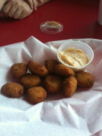 BJ's Pizza and Subs : Crab Bites Appetizer! AWESOME!