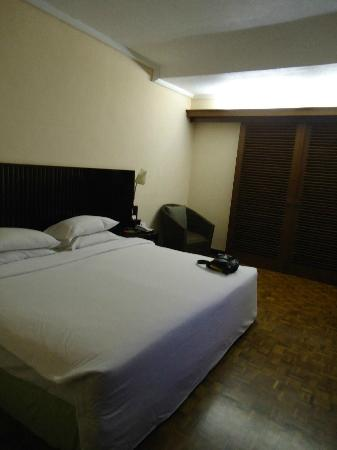 Bintang Bali Resort: Superior Room.