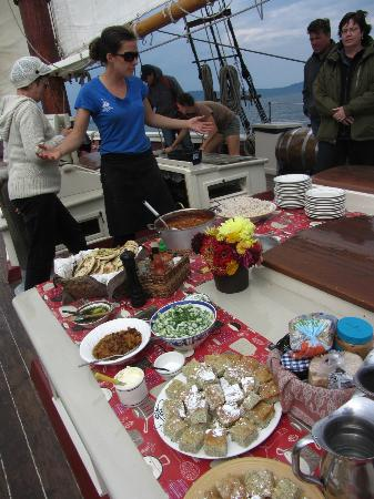 Schooner Stephen Taber Day Cruises: Another amazing meal