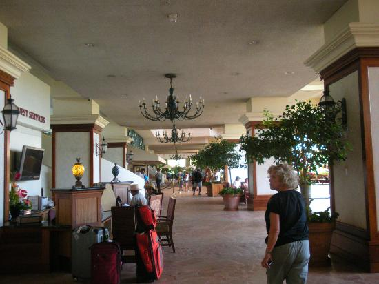 Ka'anapali Beach Club: Lobby