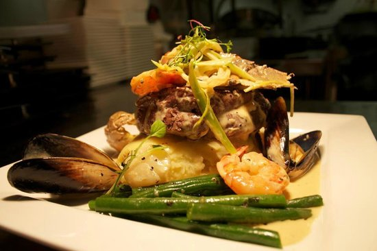 Salt Seafood Bar and Grill: Grain and Gills: 280 grain w bugs, mussels, scallops and prawns...